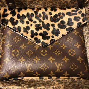 Handbags - Leopard print crossbody